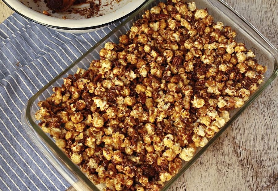 Kettle corn bars in baking pan