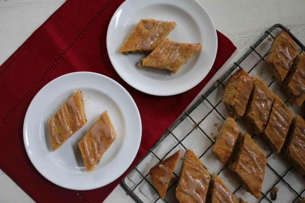 Browned-butter-blondies-with-pecans