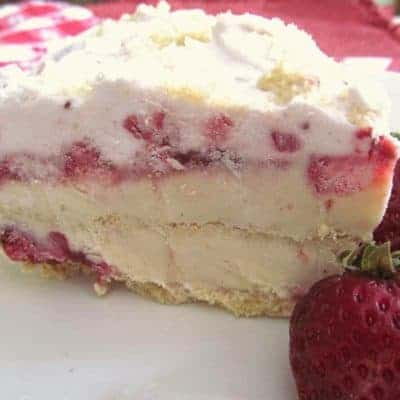 Sweet Strawberry Ice Cream Pie