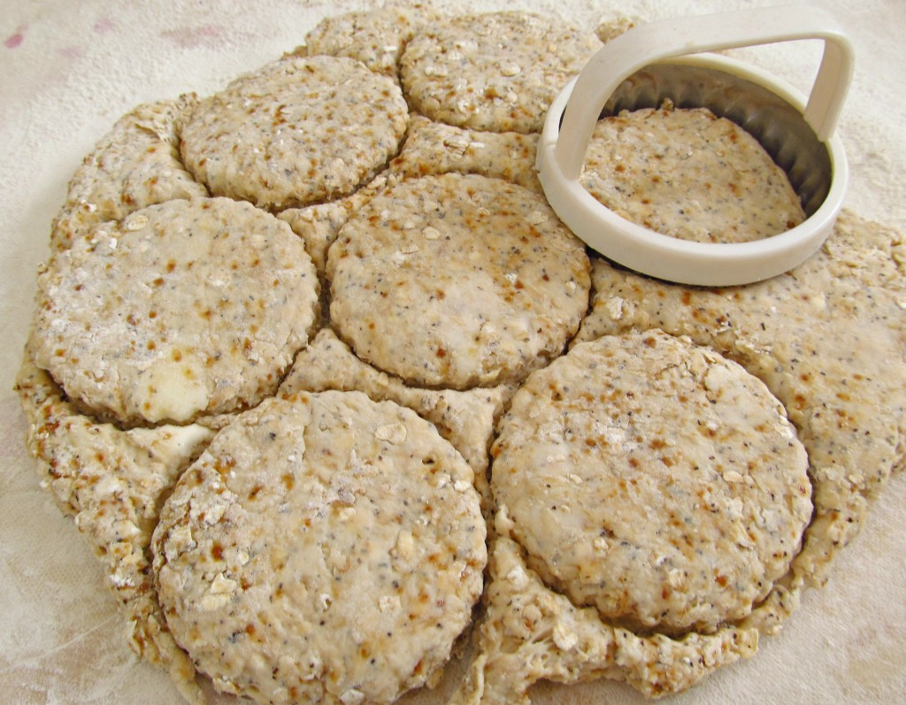 Oat-Tea-Biscuit-rounds.jepg