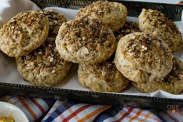 baked oat biscuits