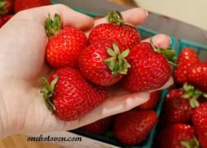 handful- of- strawberries