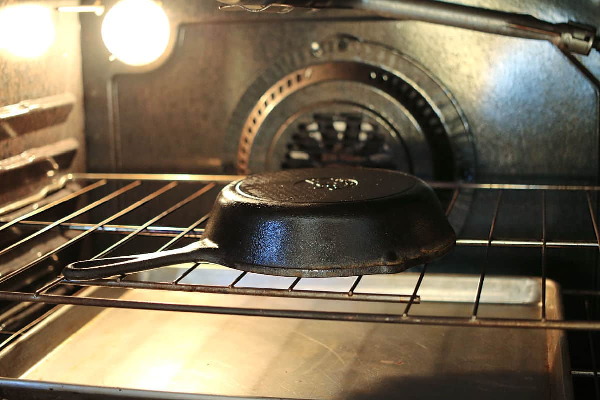 seasoning an iron skillet in the oven