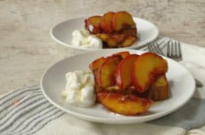Grilled peaches and pound cake