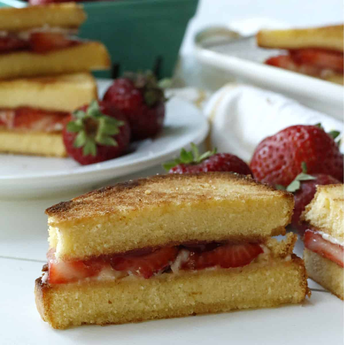 strawberry grilled cheese sandwiches