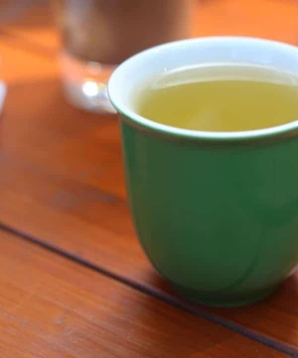 Leaves-and-flower-tea