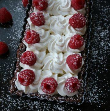 vanilla-bean-tart-with-raspberries