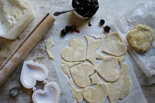 cutting-heart-shaped-hand-pies