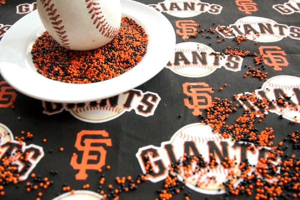 San Francisco Giants logo and baseball