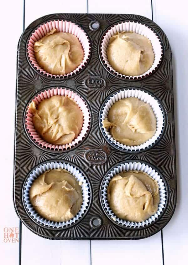 peanut-butter-cupcake-batter
