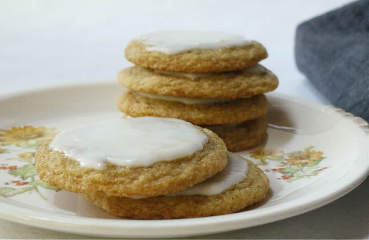 A plate of iced chewy lemon cookies