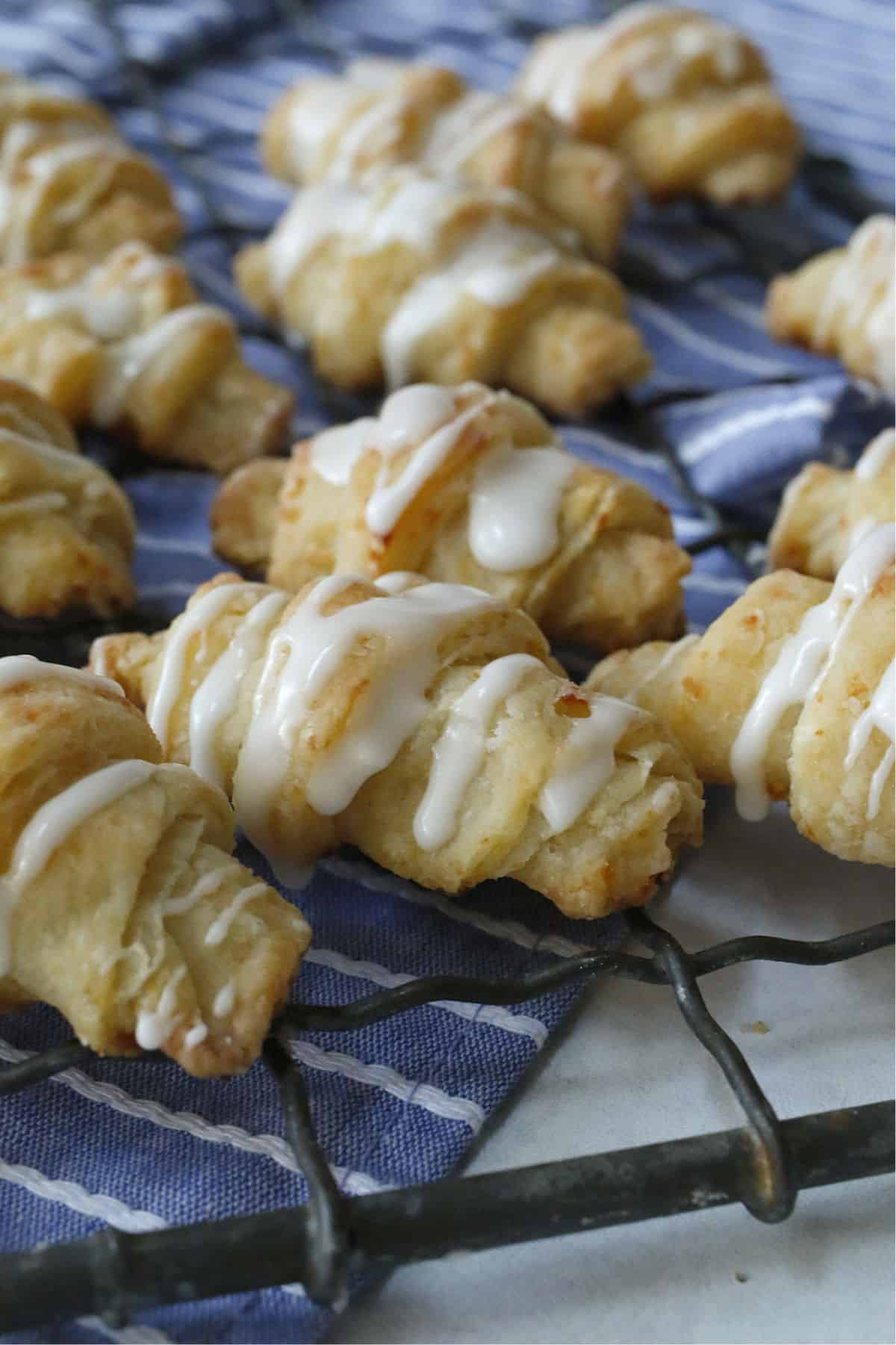 Crescents rolls on a cooling rack