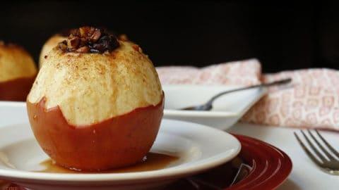 Apple Cider Baked Apples