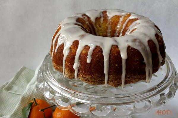 Iced mandarin orange bundt cake