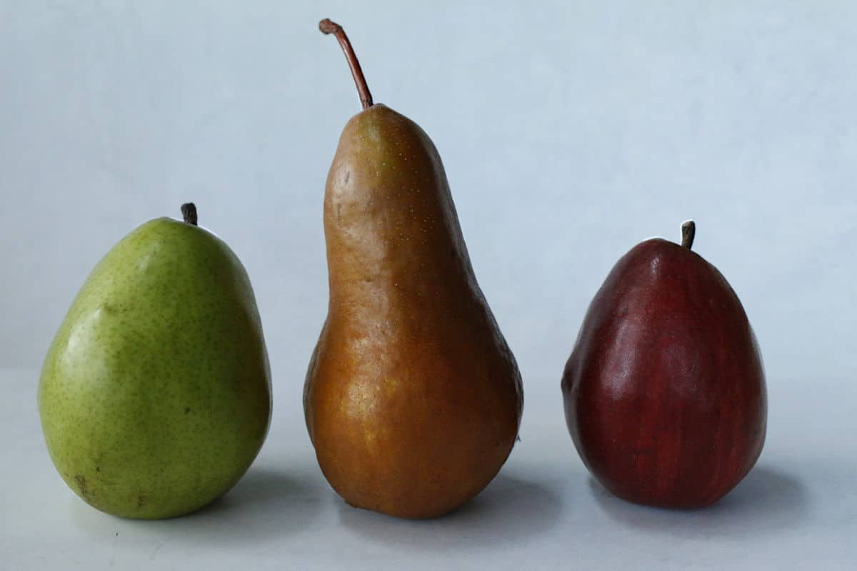 bosc,, d'anjou and red pears