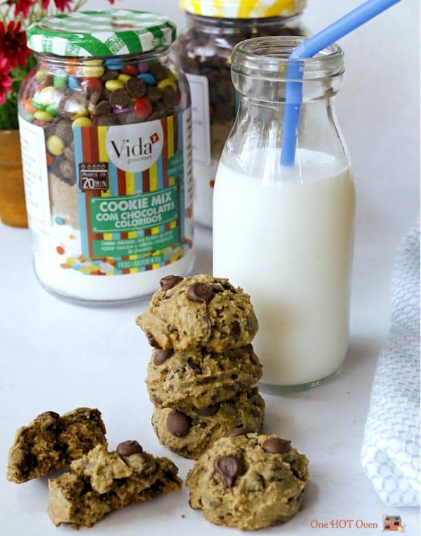 Baked Cookies in a Jar