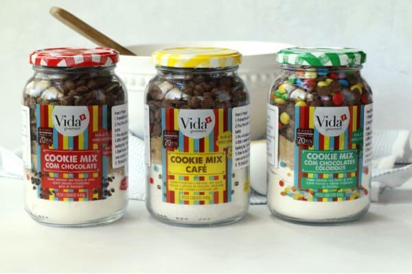 jars of cookie mixes