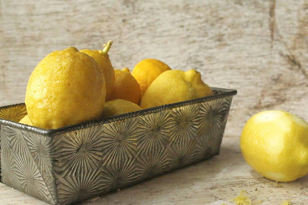 a pan of fresh picked lemons