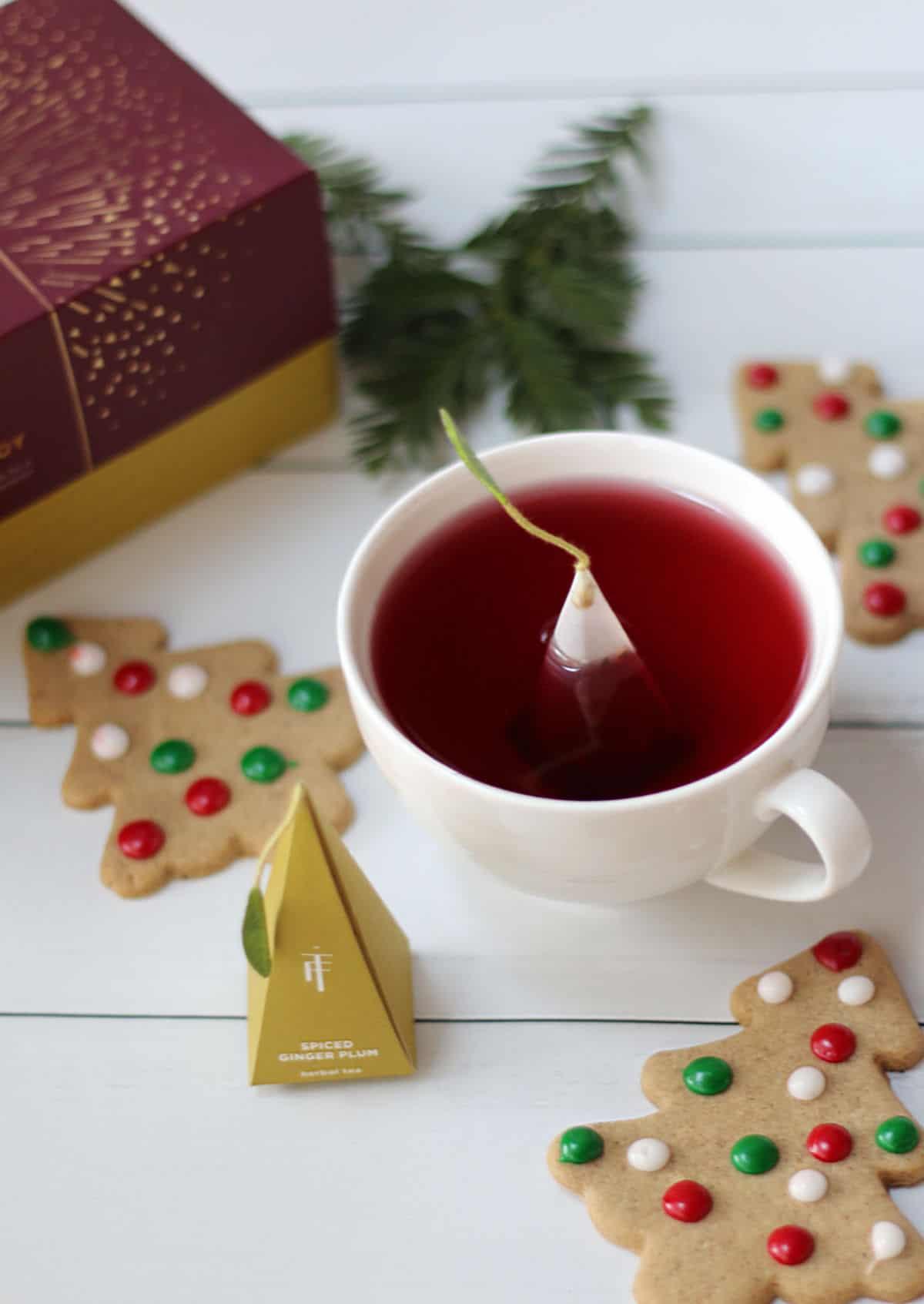 Tea Forte' tea and Christmas cookies.